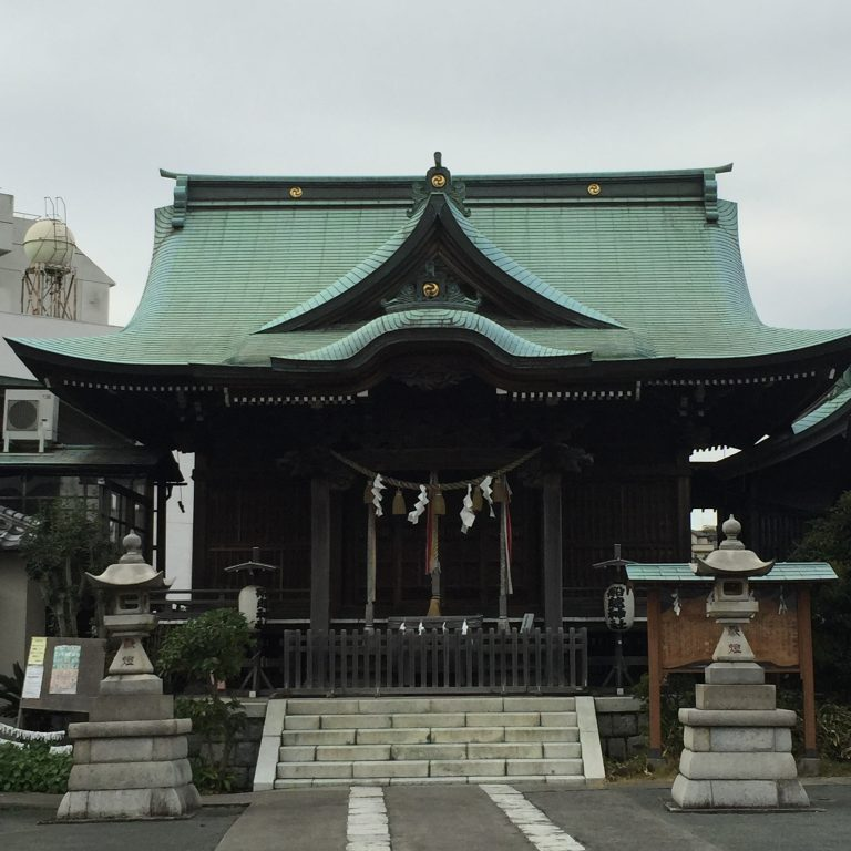 横須賀田浦散策!階段を上ると開けた広場のある【船越神社】