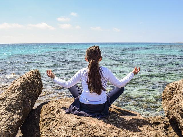 エネルギーの出入り口を意識して強運体質に♪影響力が強いのは身体のこの部分だ!