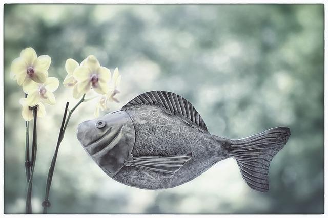 【ラッキーモチーフ】優雅でかわいい魚モチーフ!心の交流を促し共感力を高めてくれる幸運の象徴♪